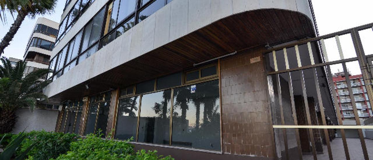 Fachada del local de Alcalde Ramírez Bethencourt que ha comprado Sagulpa para su sede.
