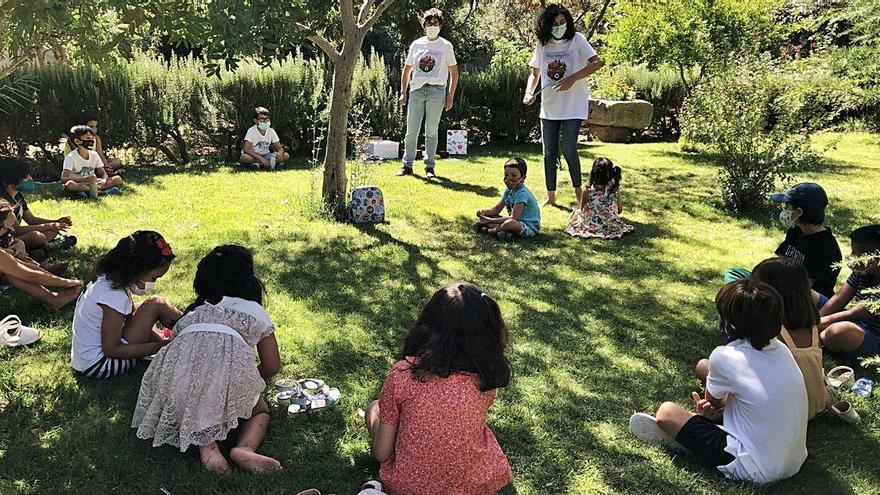 Los niños toresanos aprenden más sobre la sostenibilidad gracias a un cuento-taller