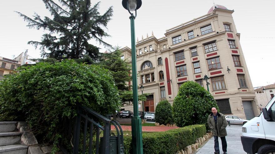El edificio de Papeleras Reunidas se perfila como sede del campus de Alcoy de la UA tras la marcha de AITEX