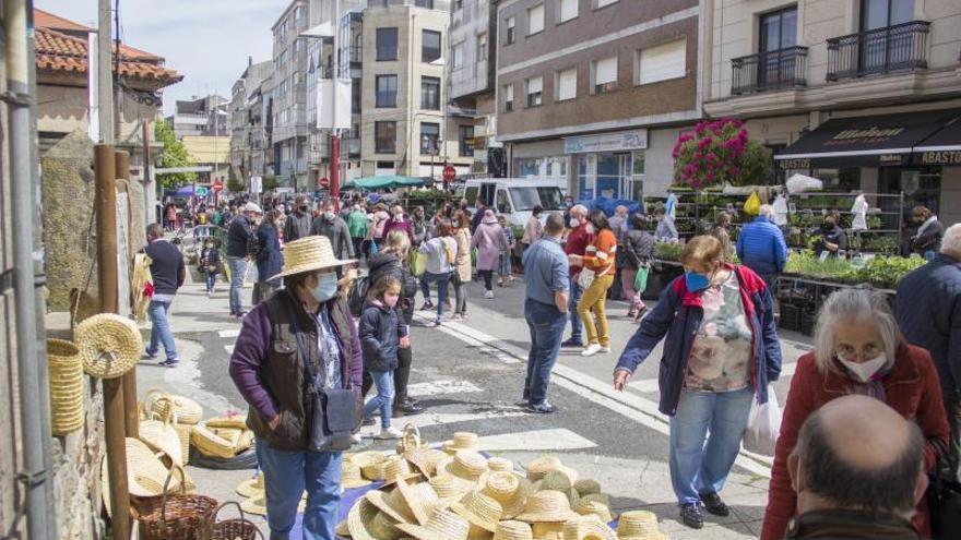 "Lalín celebra su ""Feria de Abril"""