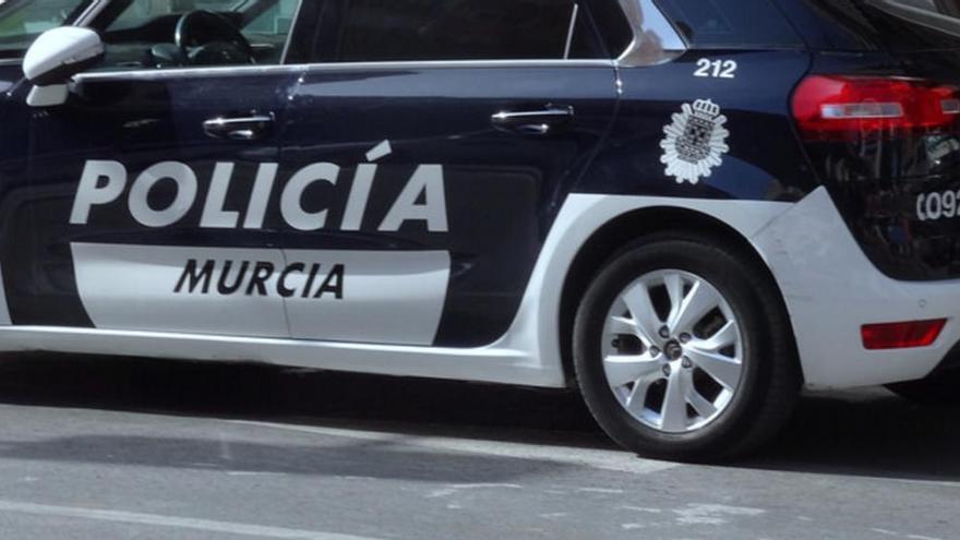 Detienen en El Palmar a una pareja que vivía en un coche robado