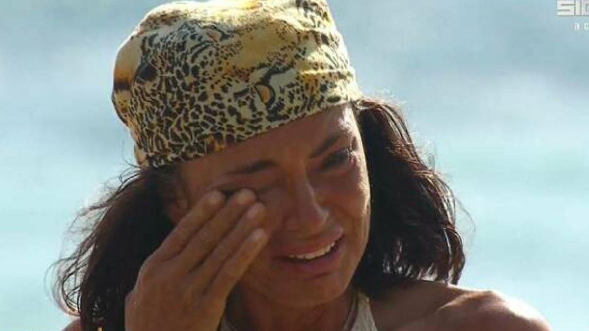 Olga Moreno rompe a llorar cuando la descubrieron