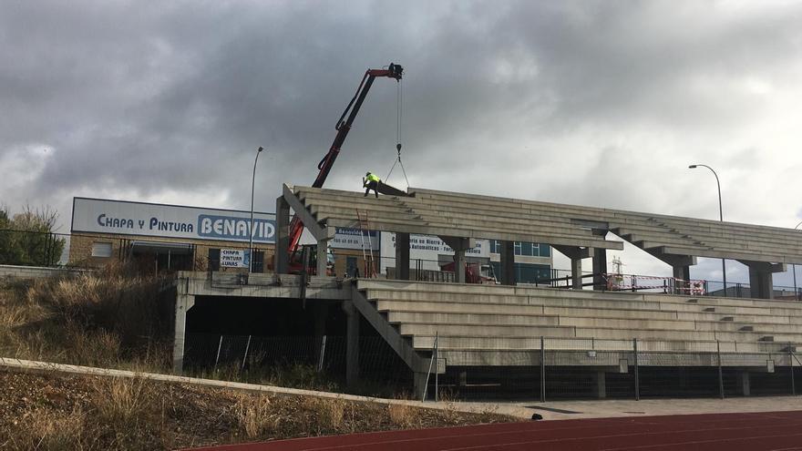VÍDEO Y GALERÍA | Las pistas de atletismo de Benavente dejan de estar fuera de la legalidad