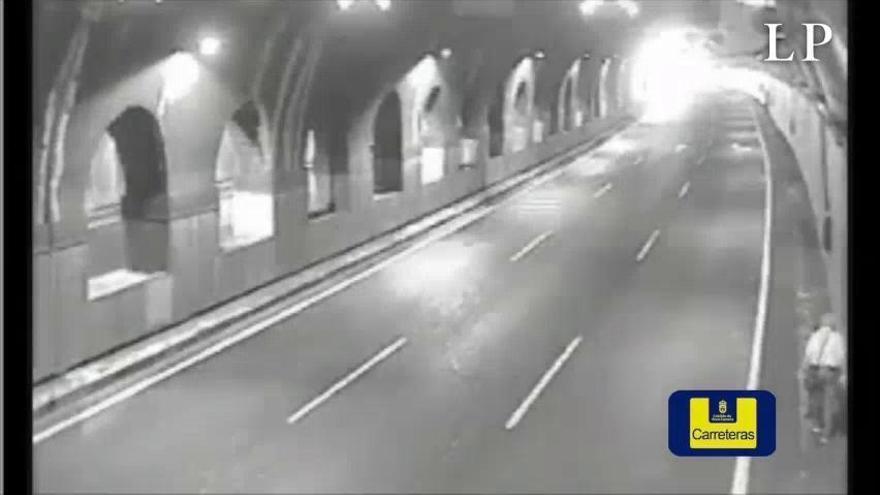 Cierran el túnel de La Ballena porque un peatón caminaba en su interior