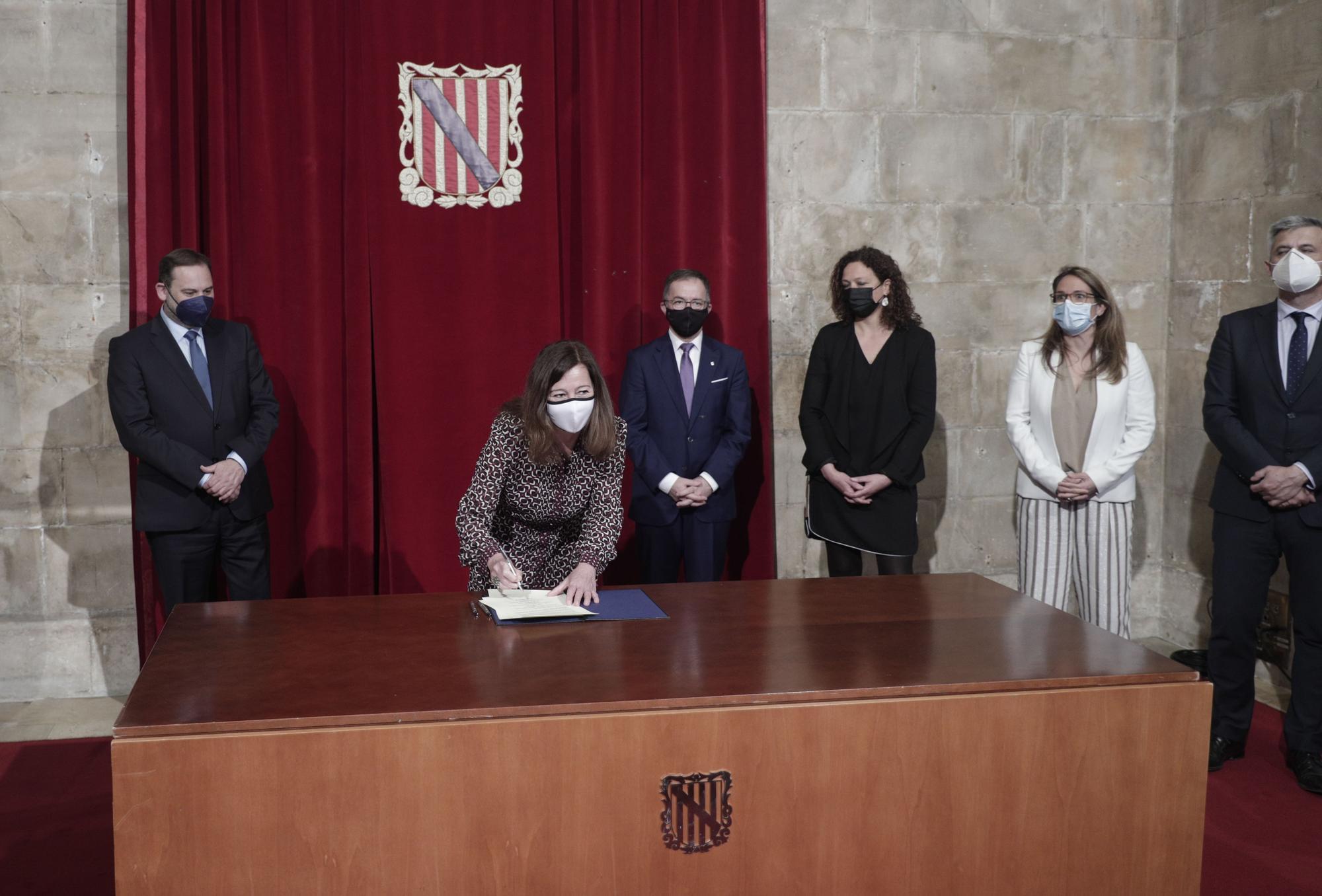 El ministro Ábalos se reúne con la presidenta Armengol
