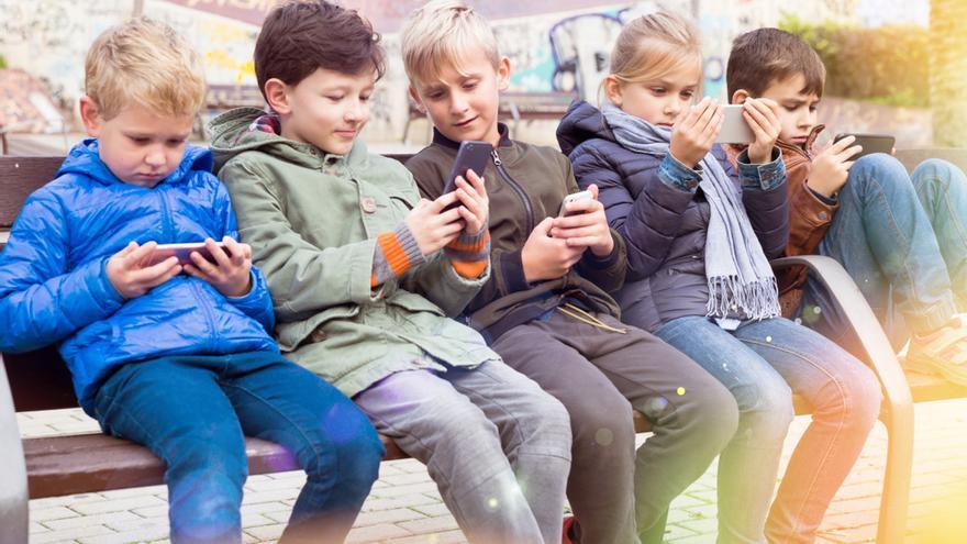 YouTube, TikTok y Snapchat se comprometen a publicar datos sobre su impacto en niños