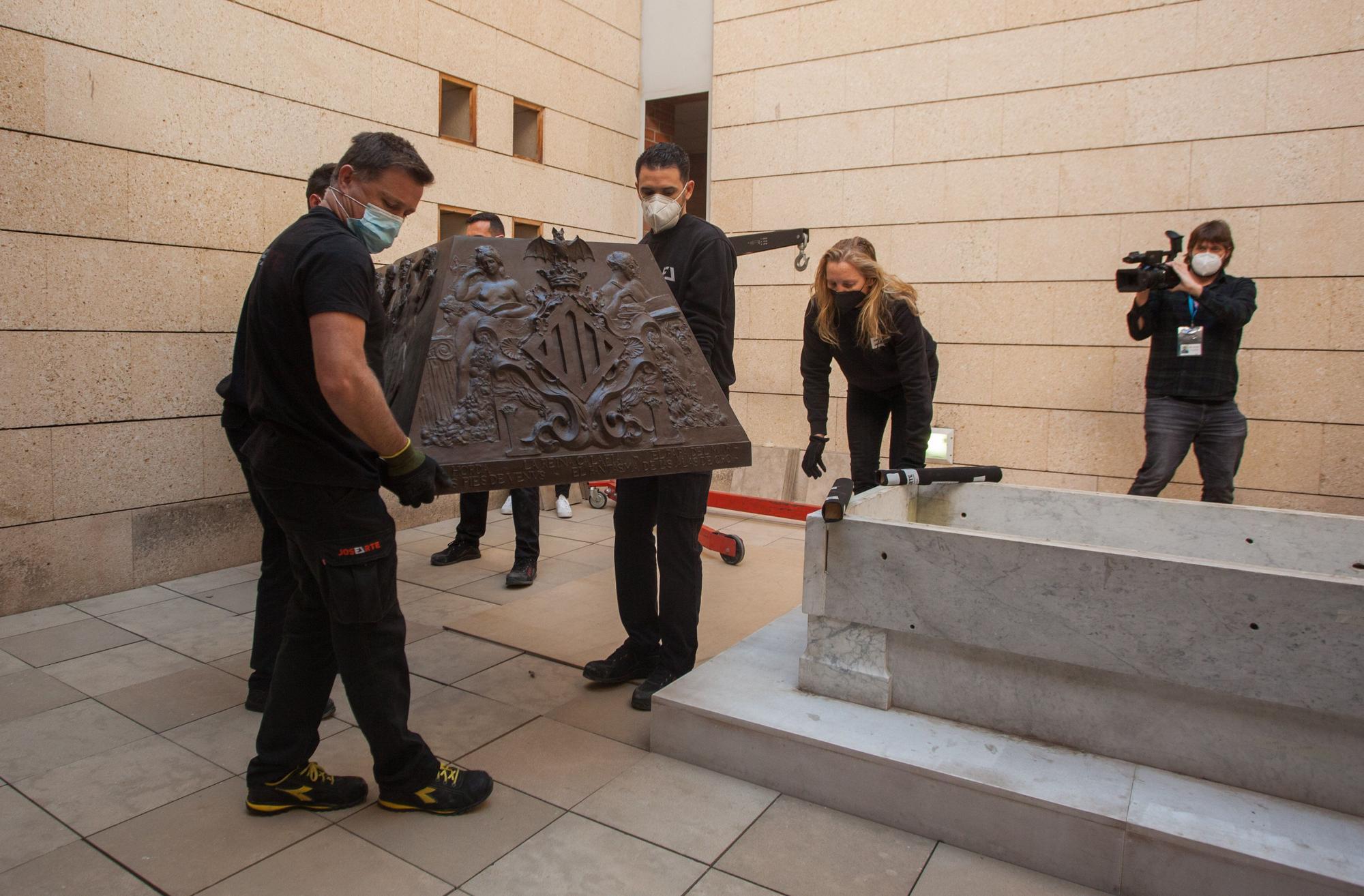 Así ha sido la retirada del sarcófago de Blasco Ibáñez