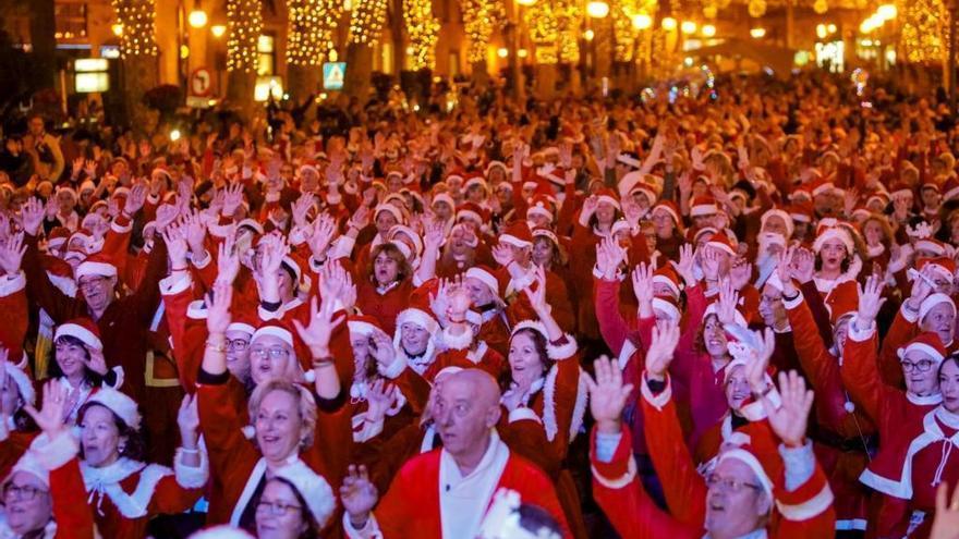 Cientos de Papás Noel bailarán en el Born de Palma este domingo