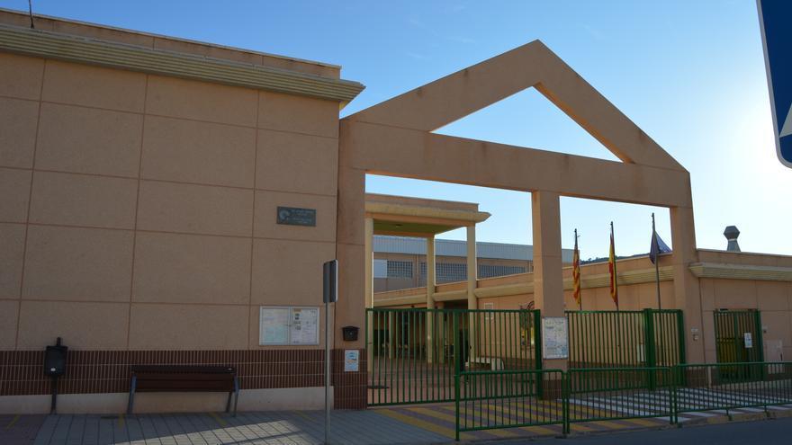Agost se adhiere al Plan Edificant para crear nuevas aulas en el colegio público La Rambla