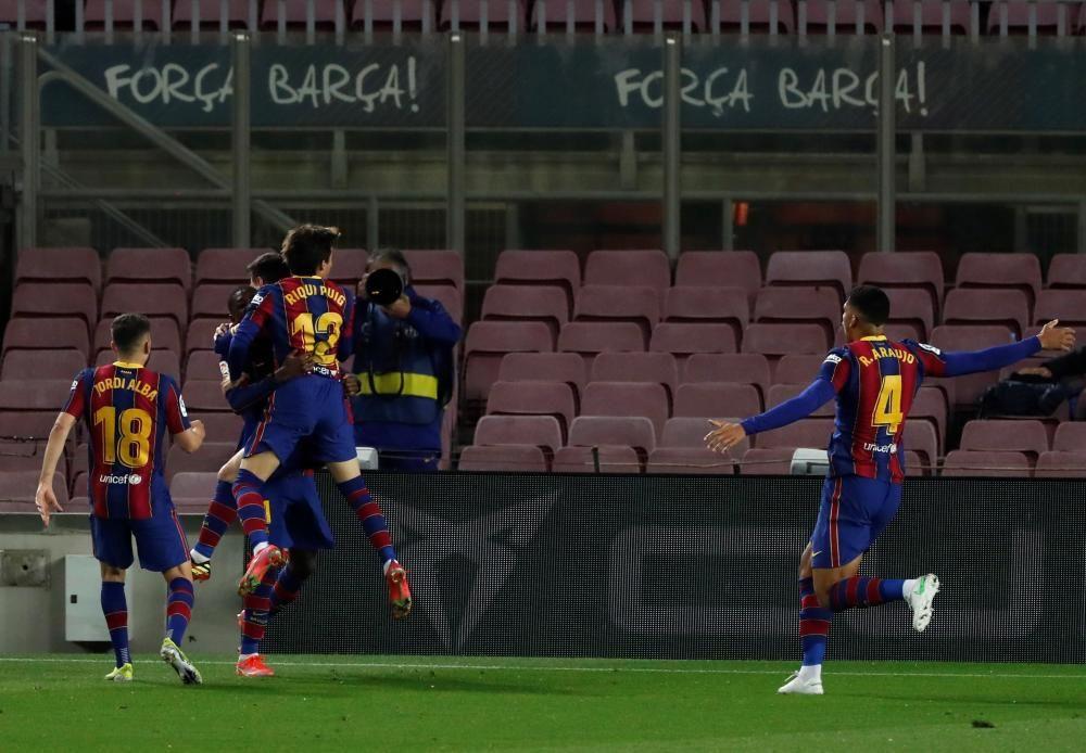 LaLiga Santader: Barcelona - Valladolid.