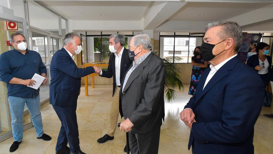 Cuatro presidentes canarios abogan por la unidad en la defensa diaria del REF