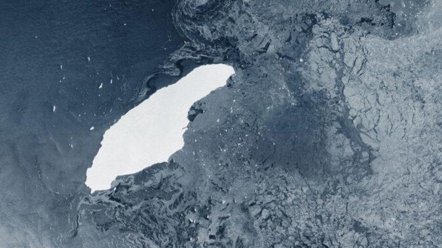 El mayor iceberg del mundo, A68a, se dirige peligrosamente a las islas Georgia del Sur