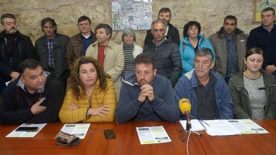 La Fiscalía traslada a los juzgados dos denuncias contra la mina de Touro-O Pino