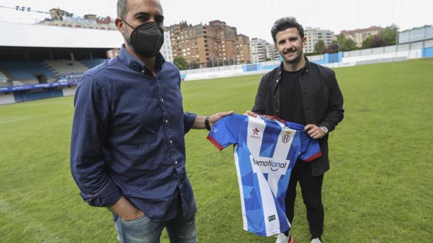 El Avilés, a punto de rescindir el año de contrato con Luis Rueda