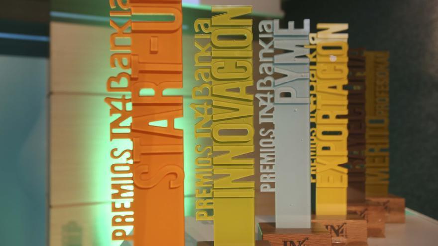 Estatuillas IN4Bankia para los ganadores de cada categoría.