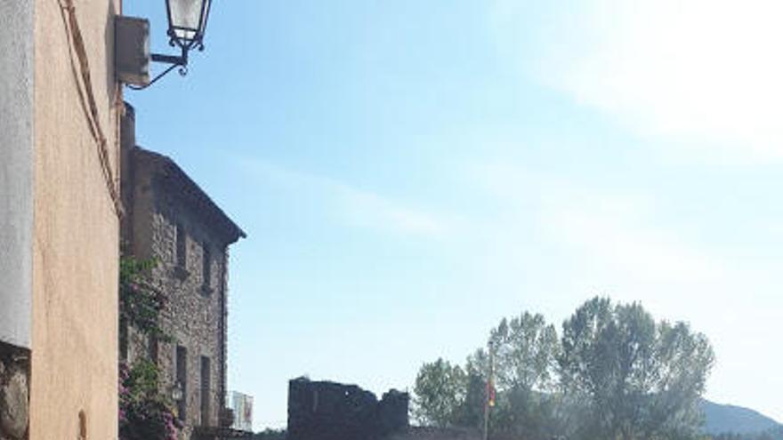 Les obres de connexió del carrer Hospital i la Torre Carlina de Maçanet podrien acabar el desembre