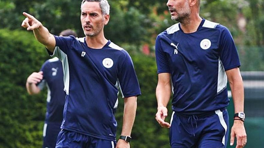 Carlos Vicens ya trabaja en el cuerpo técnico de Guardiola