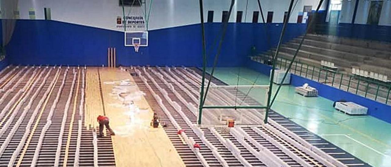 Estado de las obras en el polideportivo municipal de Agaete.     LP/DLP