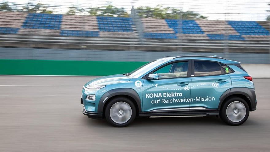 Hyundai consigue que tres Kona de serie superen los 1.000 kilómetros de autonomía