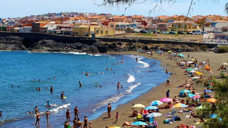 Hoya del Pozo: Desconexión y deporte con vistas al mar