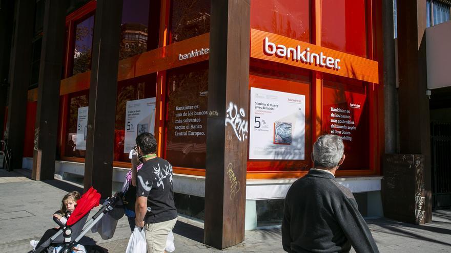 Condenan a Bankinter a devolver más de 85.000 euros por una hipoteca en yenes