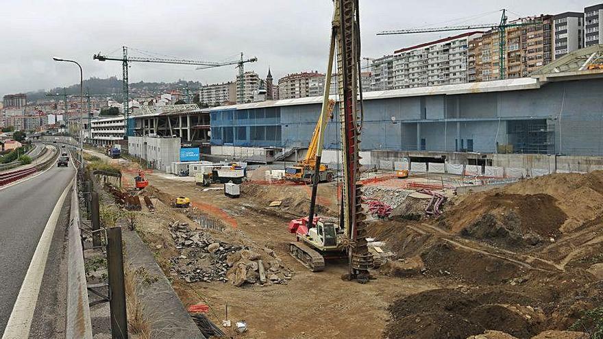 Diez empresas aglutinan el 32% de la obra pública adjudicada en Galicia