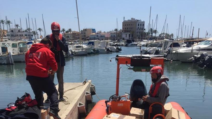 Emaya envía 2.000 piezas de ropa al barco de ayuda humanitaria 'Aita Mari'