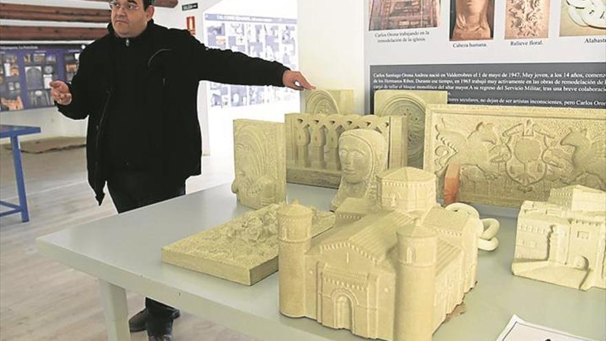 Un albañil hizo en miniatura las iglesias de la comarca