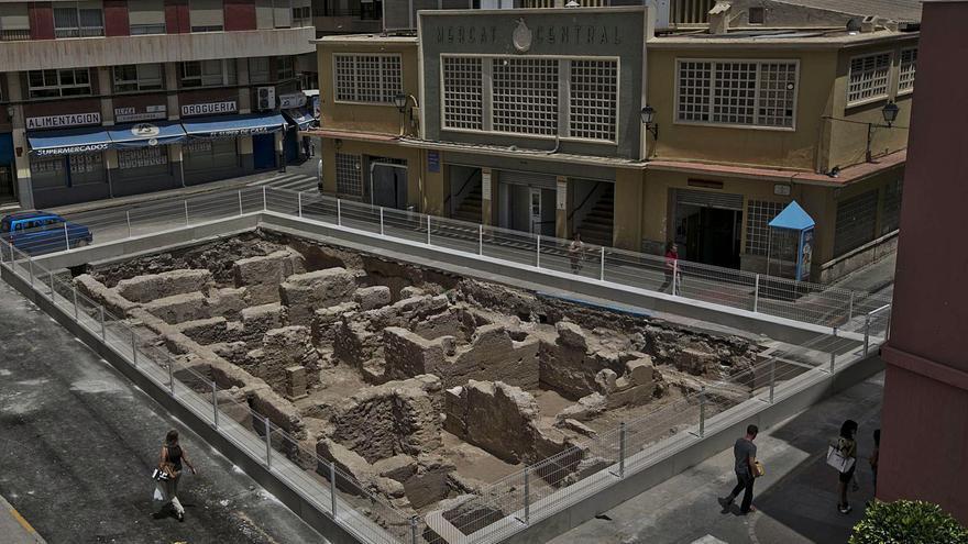 El Ayuntamiento de Elche pretende convertir en un patrimonio intocable los Baños Árabes y los refugios del Mercado