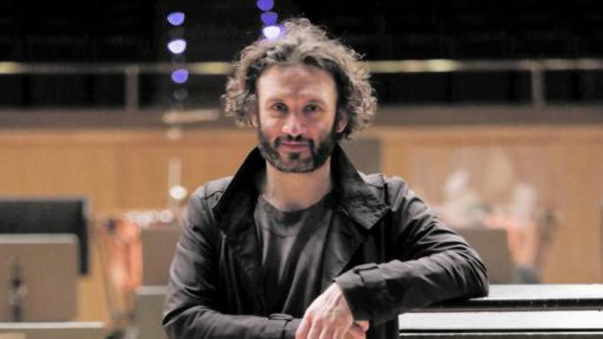 """Nicolas Altstaedt: """"Odio la música en streaming, se pierde la magia de la sala de conciertos"""""""