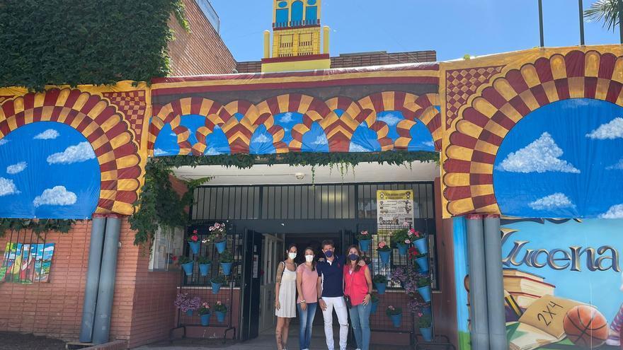El colegio Eduardo Lucena de Córdoba celebra su propia Feria