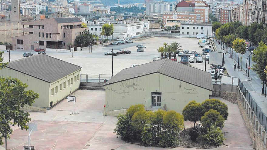 Los vecinos rechazan el plan para urbanizar la plaza de Al-Azraq de Alcoy