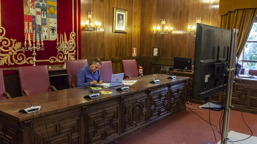 Requejo acata las restricciones COVID de la Junta para Zamora, pero reclama atención económica