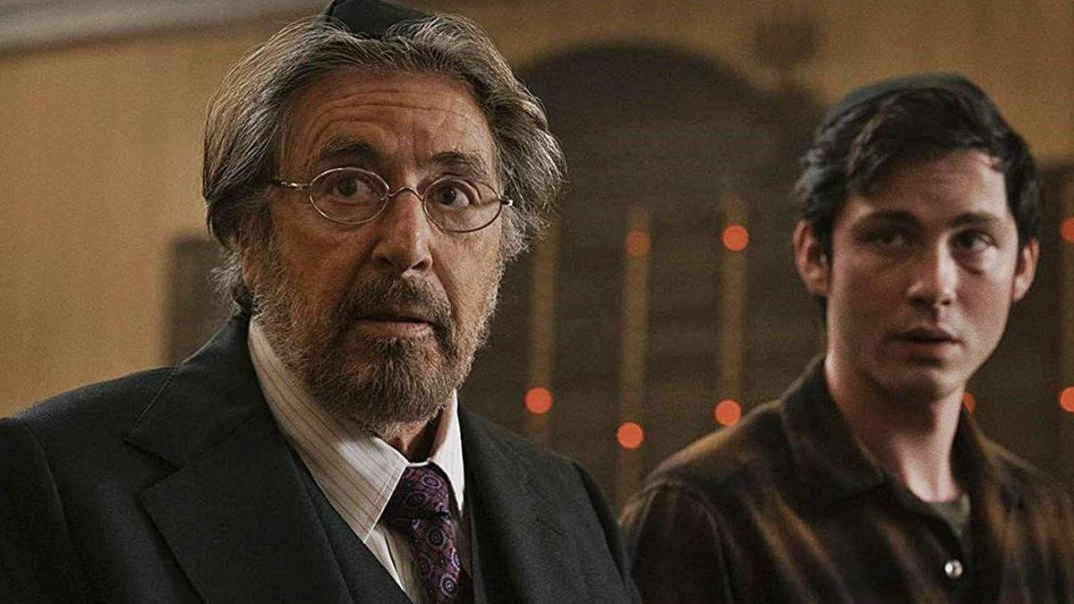 Al Pacino y Logan Lerman, en 'Hunters'.