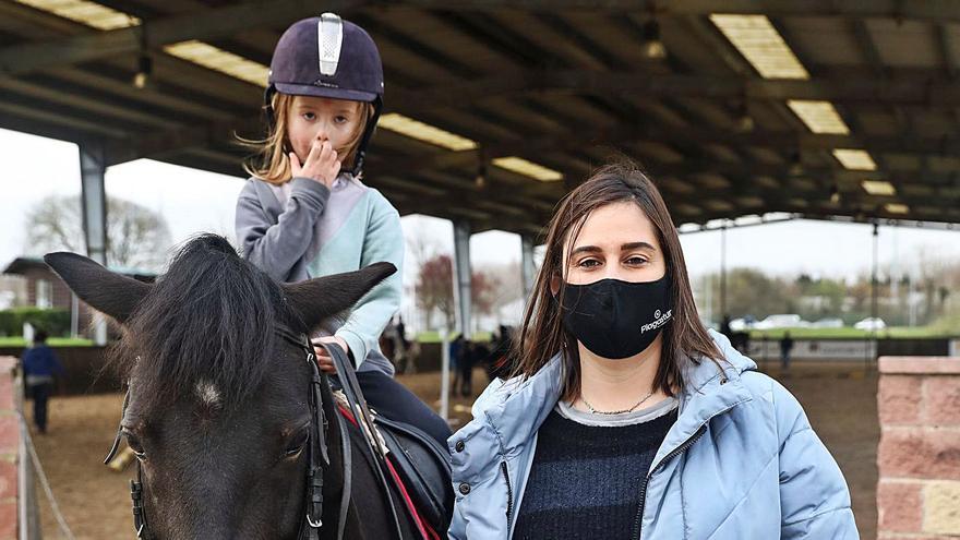 Radiografía del deporte asturiano en la pandemia: La hípica pide que le aflojen las riendas