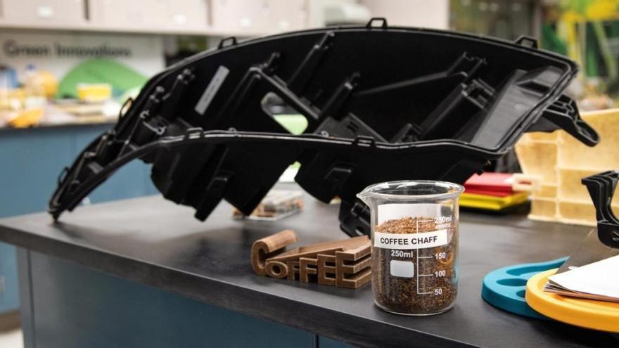 Ford y McDonald's se unen para crear piezas de coches con cáscaras de café