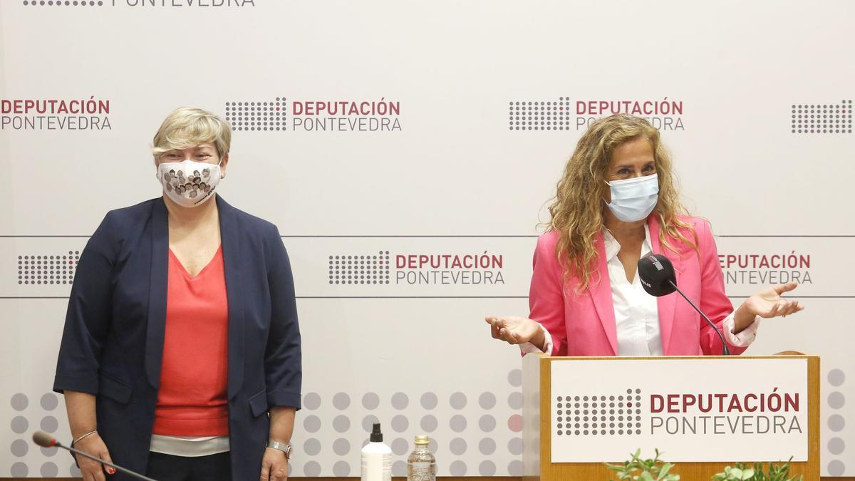 La presidenta provincial, Carmela Silva, con la diputada de Política Social, Olga Ballesteros