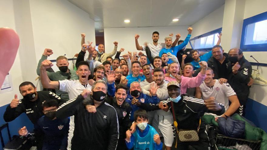 Golpe de autoridad del Vélez frente al filial malaguista para continuar como líder