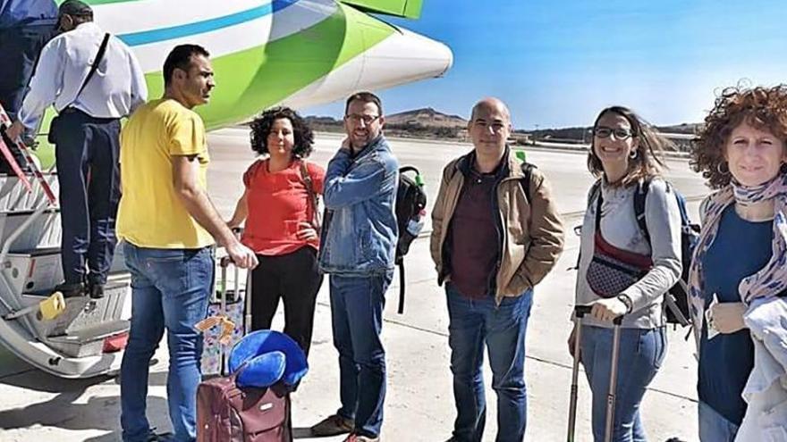 Marruecos deporta a tres diputados catalanes