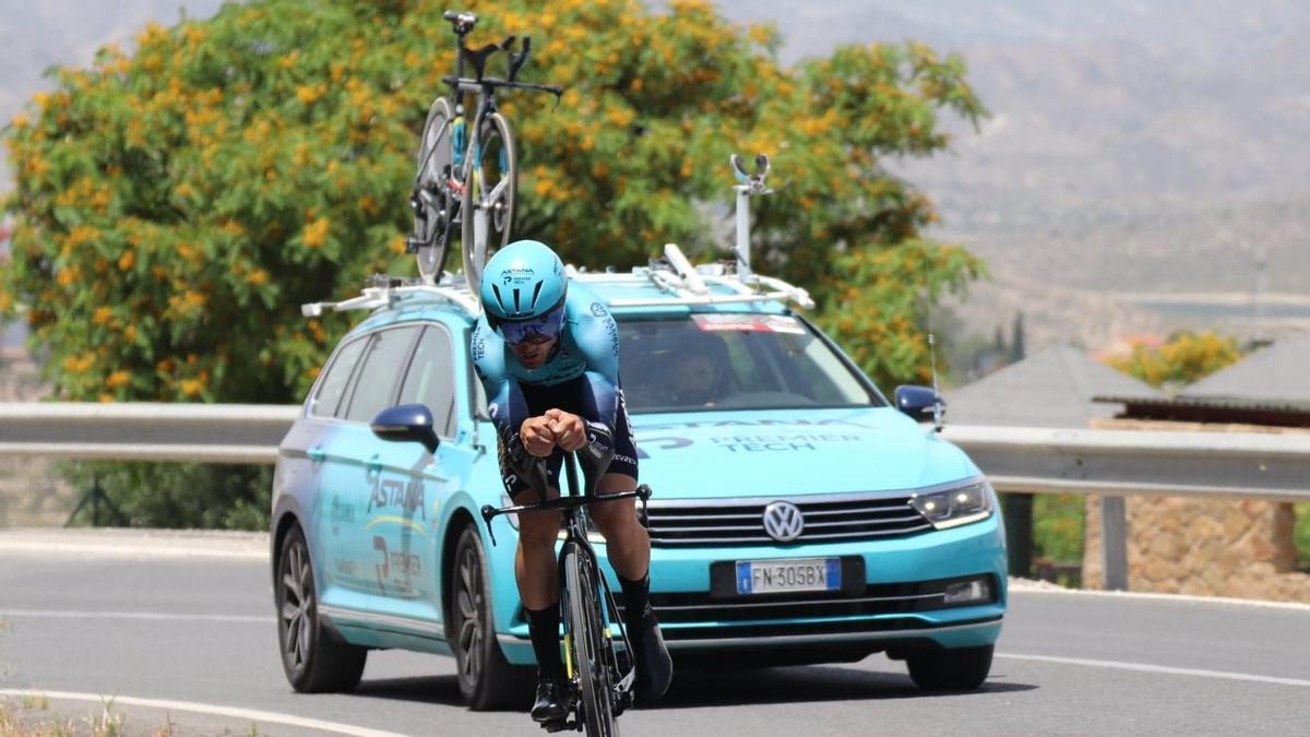 The Basque cyclist Ion Izagirre (Astana).