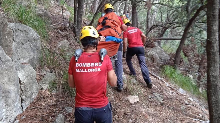 Evacuada una escaladora herida por un desprendimiento de rocas en Valldemossa