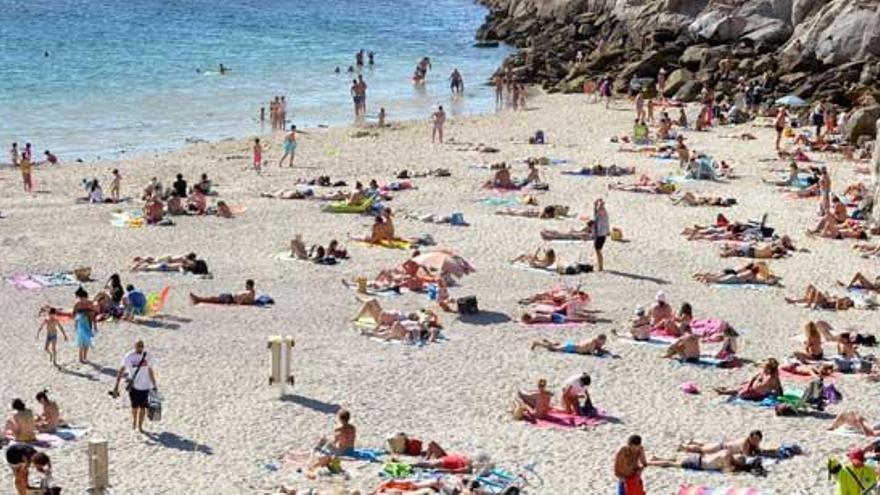 La Xunta recomienda a la comarca coruñesa cerrar parques y playas de medianoche a las 06.00 horas