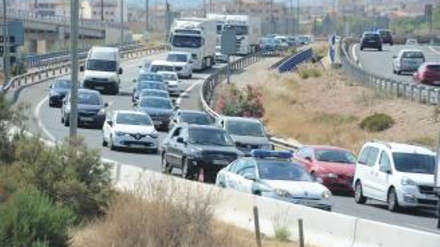 Casi medio millar de desplazamientos en la Región de Murcia durante el Puente del Pilar