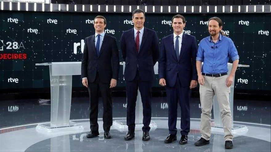 RTVE ofrece un debate electoral a cinco el 4 de noviembre y tres 'cara a cara'