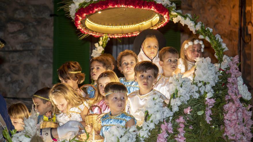 Valldemossa feiert seine kleine Heilige - aber nicht alle Kinder sind glücklich