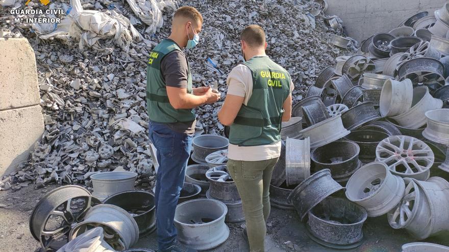 La Guardia Civil esclarece el robo en Ejea de 70 toneladas de llantas de aluminio fragmentadas