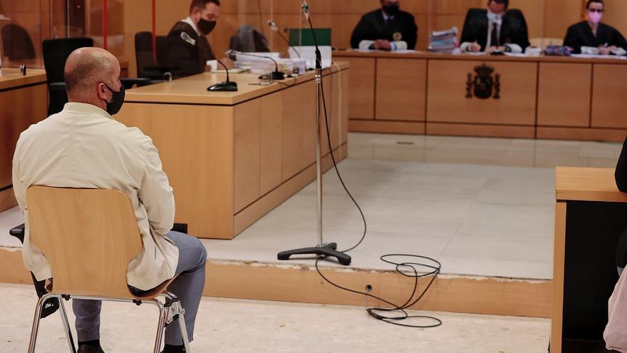 La fiscal solicita inhabilitar al alcalde de El Tanque durante 14 años por contratar a dedo