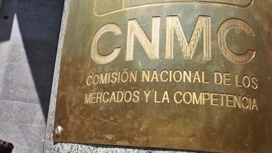 La CNMC obre expedient a tres bancs pels crèdits amb aval de l'ICO