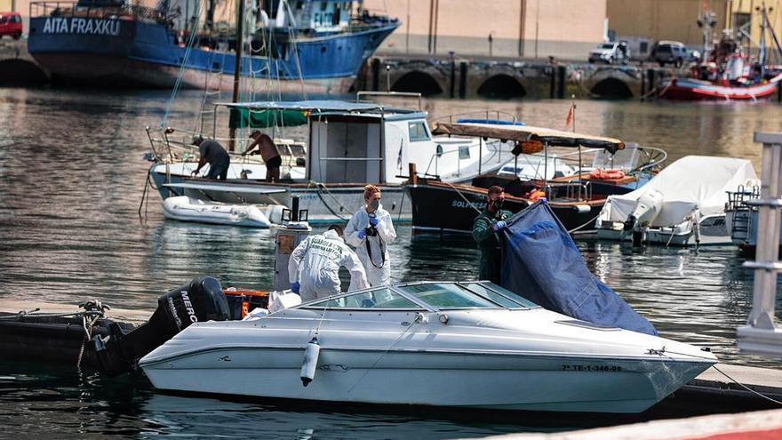 Embarcación del hombre desaparecido con sus hijas en Tenerife.
