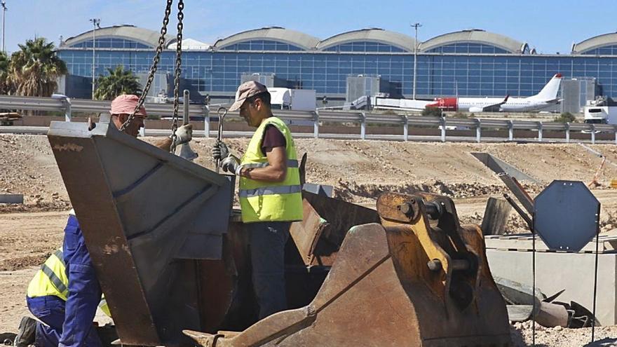 La obra pública como «motor» de  empleo es el antibiótico para paliar la otra crisis del covid en Alicante